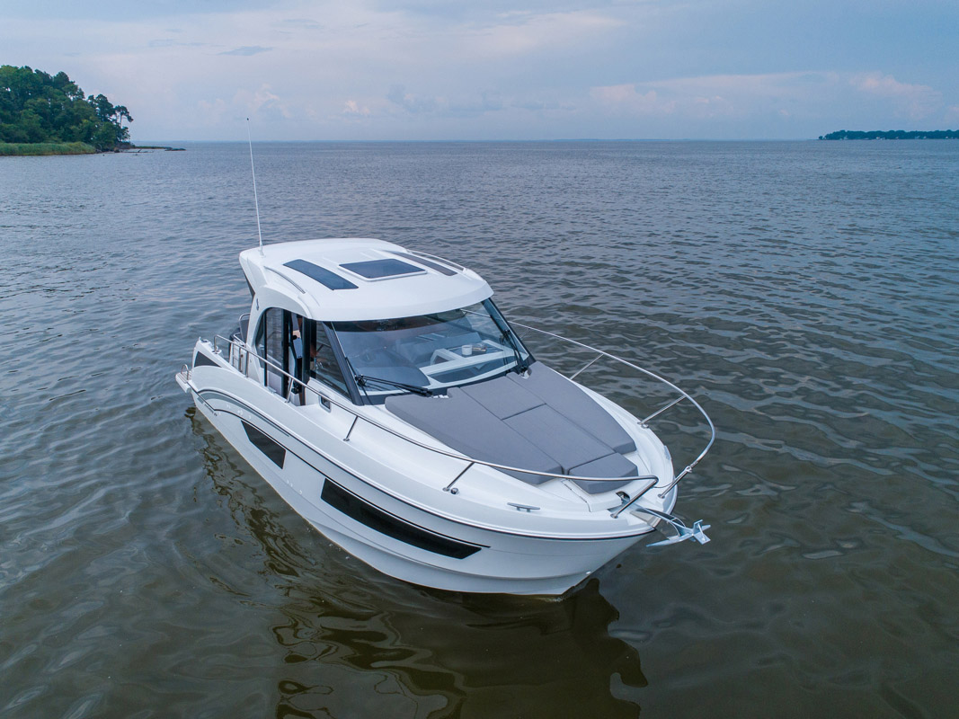 Beneteau Antares 27 Powerboat For Sale South Coast Yachts