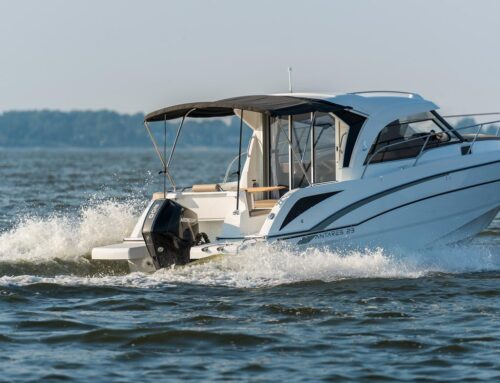 Powerboat Special – Beneteau Antares 23 – JUST SOLD! Next one arrives in Winter 2020.